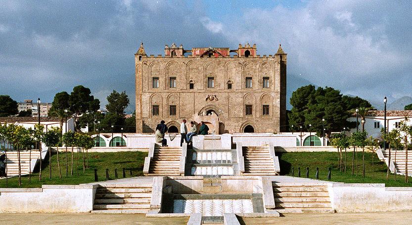 La Zisa di Palermo, uno dei musei rimasti aperti.