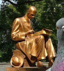 Tre proposte per la statua di Montanelli a Milano. Vota la tua preferita