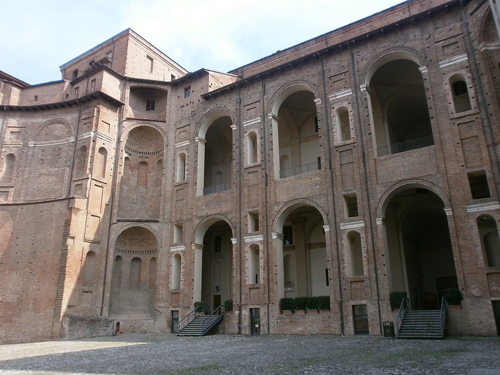 Piacenza, Palazzo Farnese, il cortile interno. Ph. Stefano Stabile