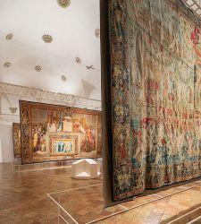 Urbino, su preziosi arazzi gli affreschi di Raffaello delle Stanze Vaticane