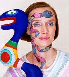 Il luogo dei sogni: la mostra su Niki de Saint Phalle e sul Giardino dei Tarocchi a Capalbio