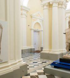Sardegna in trasferta in Russia con 200 reperti dei suoi musei (e anche un gigante di Mont'e Prama)